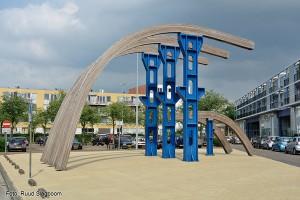 monument IJ-plein