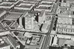 Winkelcentrum Waterlandplein jaren tachtigBron: www.cie.nl
