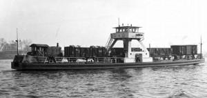 Spoorpont 2 met goederenwagons aan boordBron: AGA museum